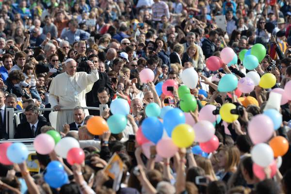 Pope Francis during the general audience in St. Peter square, Vatican City, Vatican, 29 October 2013.                ANSA / MAURIZIO BRAMBATTI