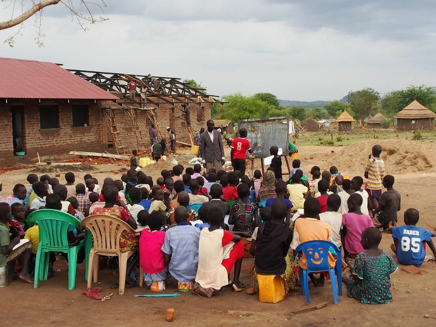 Sud-Sudan-chi-semina-armi-raccoglie-rifugiati_articleimage