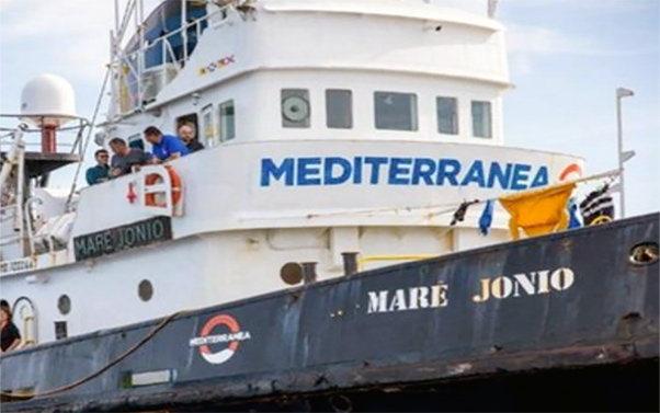nave_mare_ionio_mediterranea
