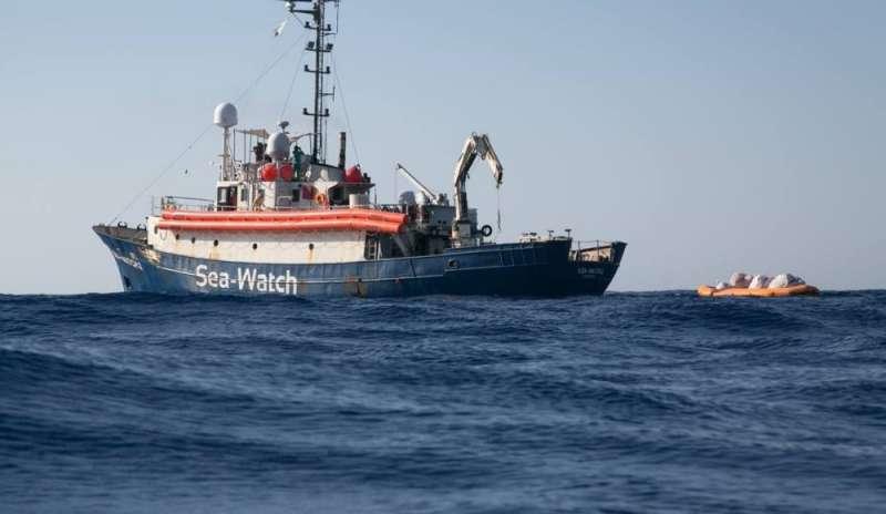 img800-migranti--52-personea-bordo-della-sea-watch-145381