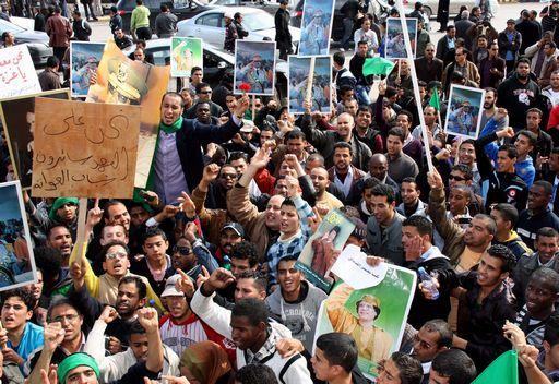 Morti e feriti, la rivolta scuote la Libia