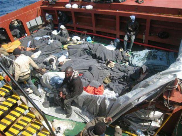 """Intervista ad Asik Tuygun: """"A bordo della mia nave gente stremata senza acqua e cibo"""""""