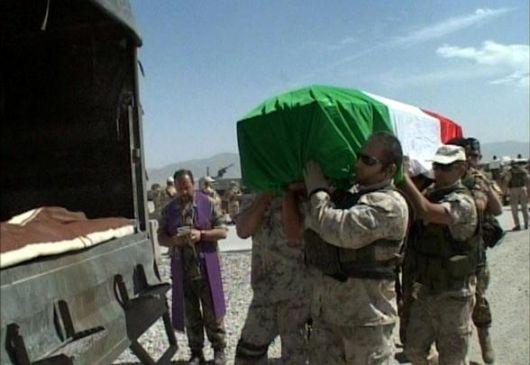 Via dalla guerra in Afghanistan!