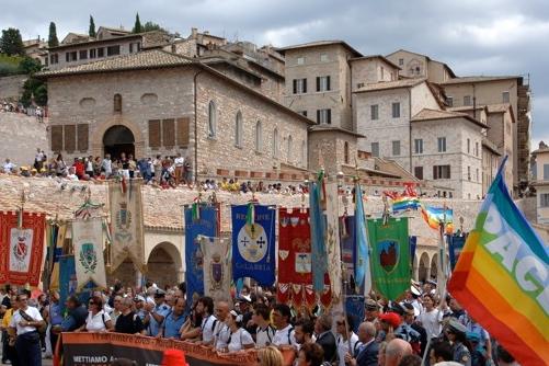Sindaco chiama Sindaco. Vieni alla Marcia Perugia-Assisi