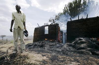 """Kenya, il Cohre: """"Il governo deve fare di più per il diritto alla casa dei poveri"""""""