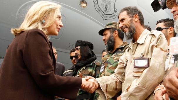 Hillary Clinton a Tripoli: la missione continua