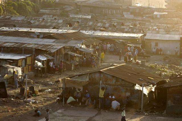 Dal villaggio alla baraccopoli