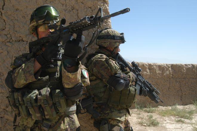 """Guerra in Afghanistan, è in crisi il """"terrorismo umanitario"""""""