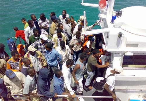 Barconi in panne tra Italia e Malta si rischia un nuovo caso Pinar