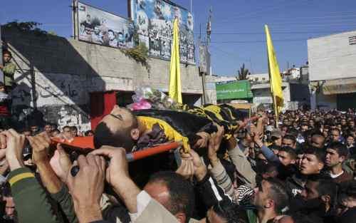 Gaza, Israele chiude di nuovo i valichi: stop agli aiuti umanitari