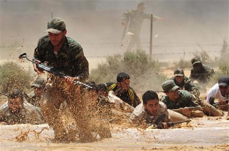 Libia, battaglia finale. Gli insorti all'assalto della roccaforte Sirte