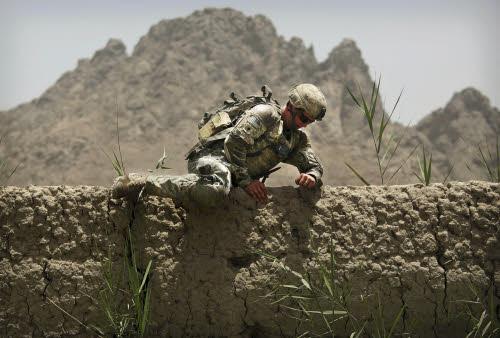 Come restare in Afghanistan dopo il ritiro degli americani