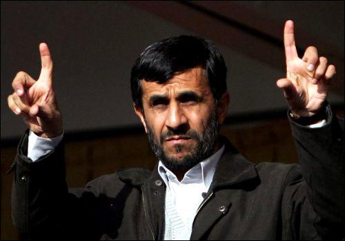 Ahmadinejad contro Usa e Russia, complottano contro di noi