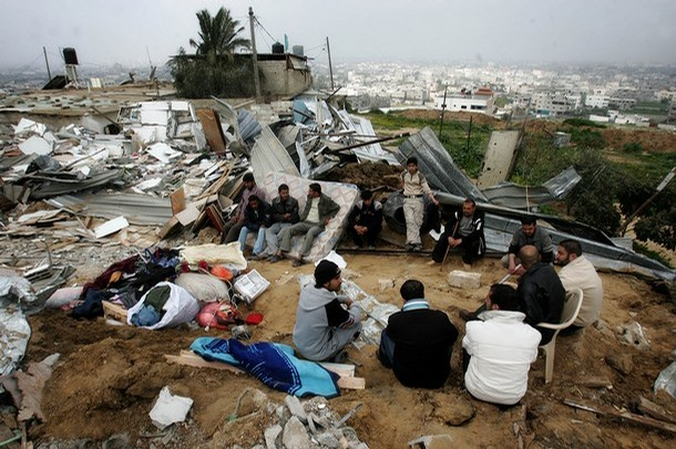 Le case in Israele costano troppo. I giovani piantano le tende