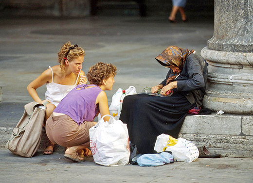 """Caritas Europa: """"La povertà è uno scandalo"""""""