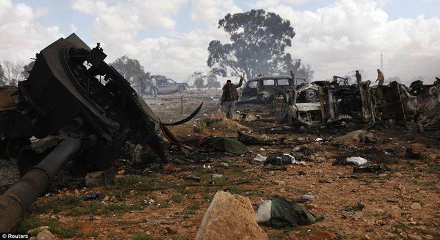 Bombardare la Libia: decisione insensata, inutile e inconcludente