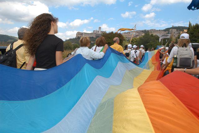 Ad Assisi tre giorni per la pace e la libertà, i diritti umani e la democrazia