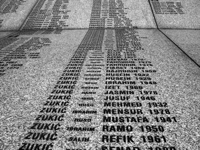 Srebrenica 16 anni dopo il massacro di 8.372 civili