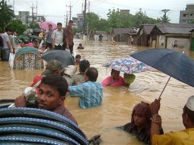 Bangladesh: partono i primi aiuti umanitari dall'Italia