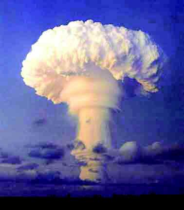 """Al via la raccolta firme per """"Un futuro senza atomiche"""""""