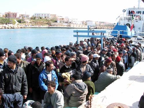 "Lampedusa, nuova tragedia. ""Aprire corridoi umanitari in Libia"""