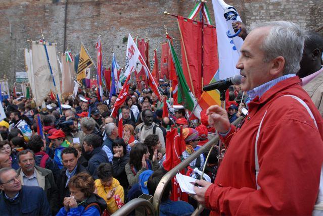 Format diritti umani: Flavio Lotti oggi alla manifestazione davanti alla Rai