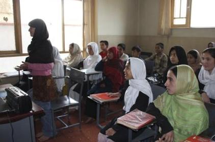 Afghanistan, il futuro è la società civile