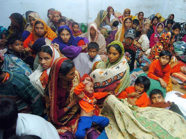 Bangladesh: migliaia le vittime del ciclone Sidr