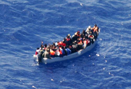 L'Ismu: nel 2011 in Italia 760 barconi con 62.657 migranti da Tunisia, Libia e Grecia