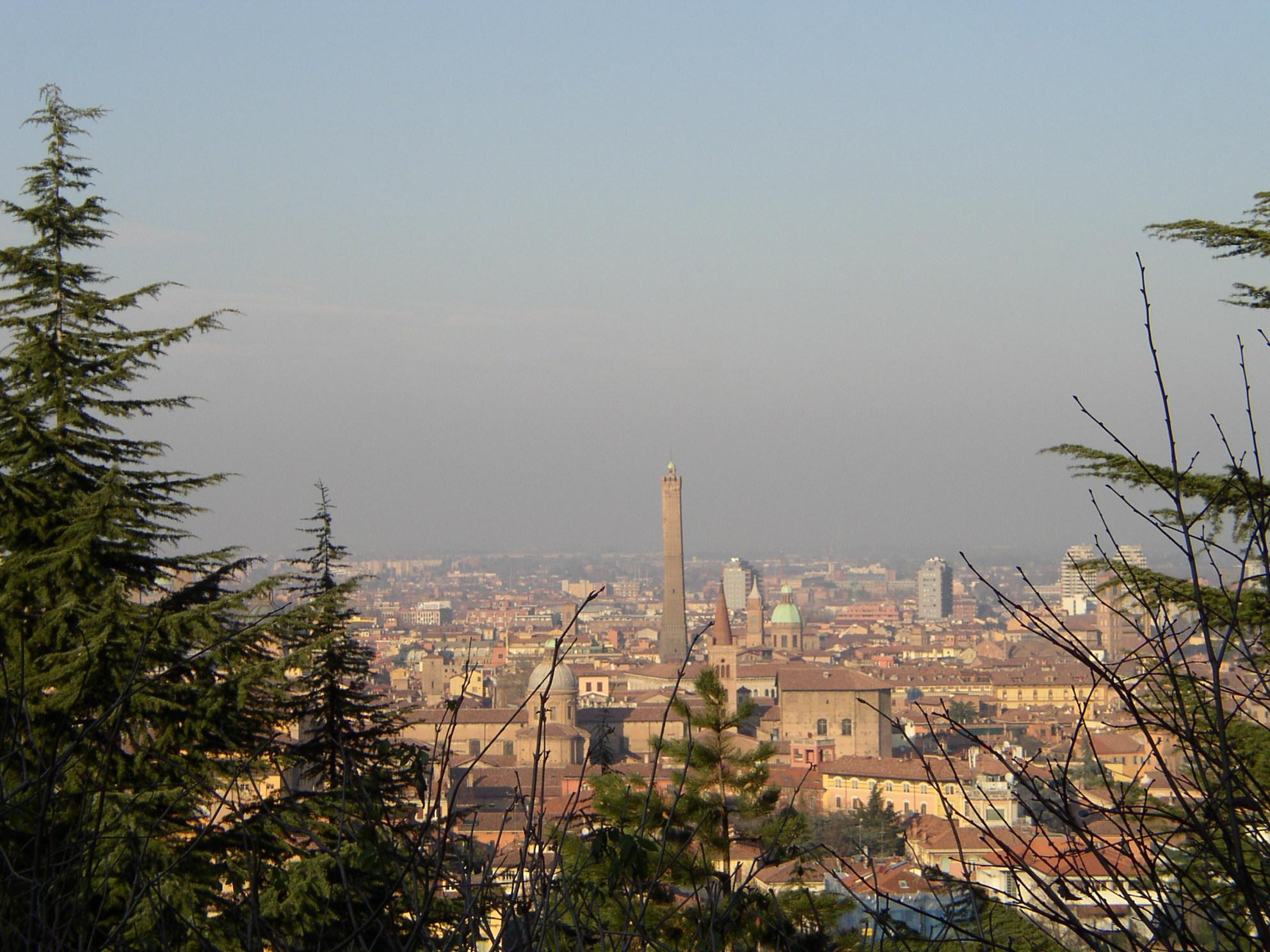 Bologna, una Scuola di pace per educare alla nonviolenza