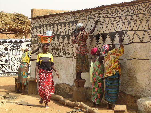 La povertà è donna e vive in Africa