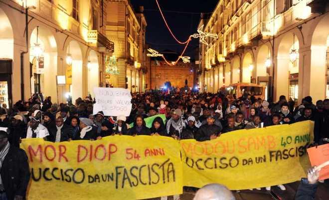 Firenze, corteo composto per dire no al razzismo
