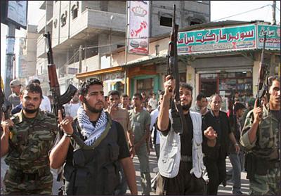 La strage continua... Esplosione a Gaza: sette morti
