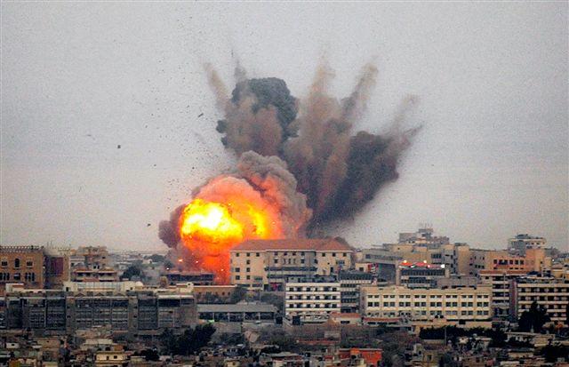Ore di guerra al confine tra Gaza, Egitto e Israele