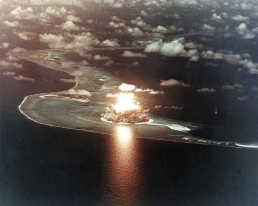 Stop al nucleare. Ricordiamoci dei bombardamenti su Hiroshima e Nagasaki - 6 e 9 agosto 2008