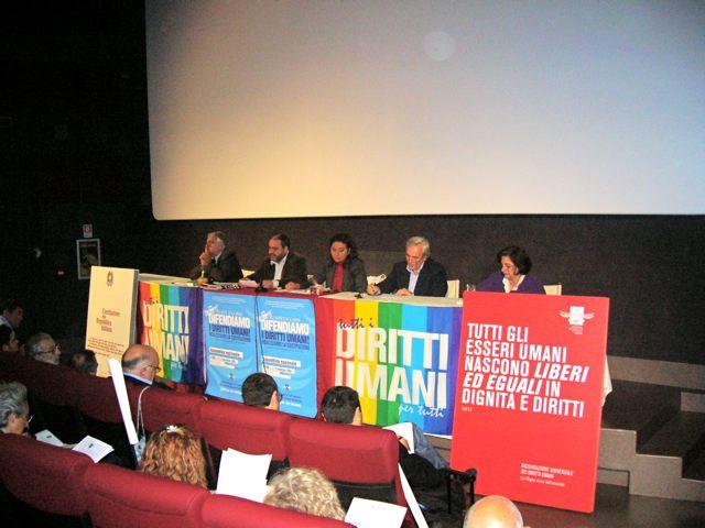 Bella gente. Belle proposte. Ieri a Roma una grande assemblea per difendere i diritti umani