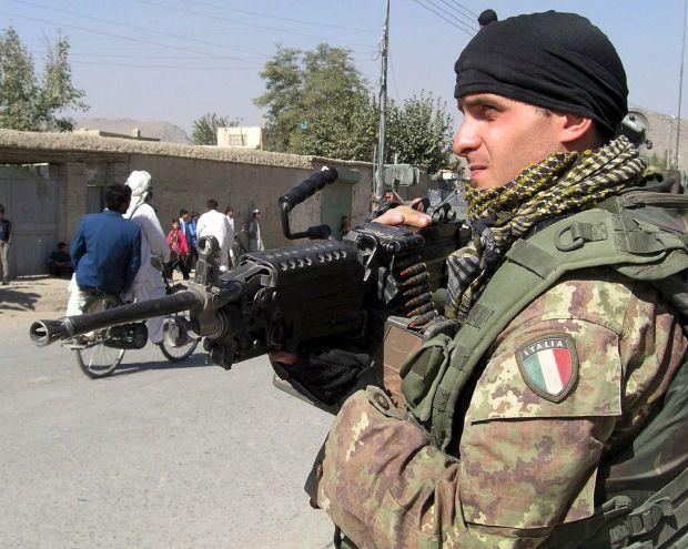 Afghanistan. La Russa ha deciso: l'Italia è in guerra