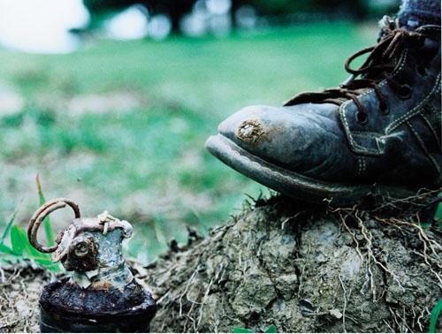 Mine antiuomo, Roma taglia i fondi per la bonifica