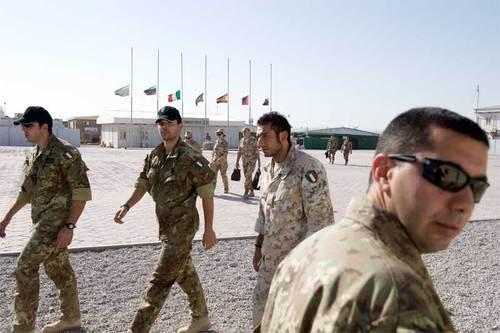 Raffronto tra i trend relativi ai finanziamenti delle missioni militari e degli aiuti allo sviluppo
