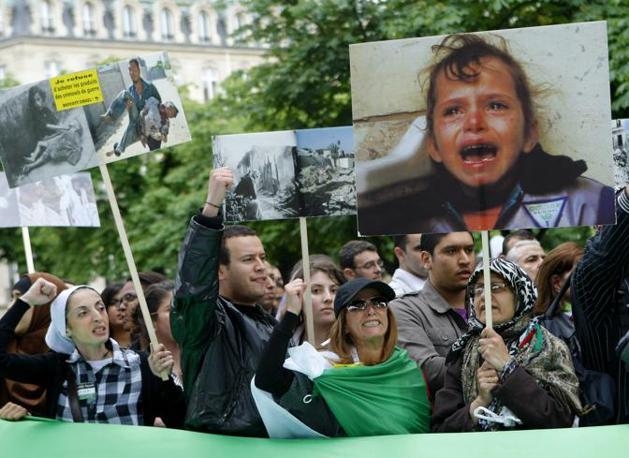 Moni Ovadia: io sono solidale col popolo palestinese, proprio perché sono ebreo