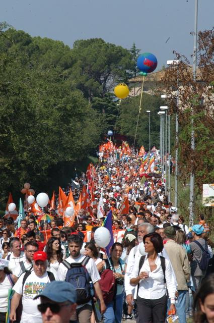 Marcia per la pace Perugia-Assisi: ci sono tanti modi per partecipare