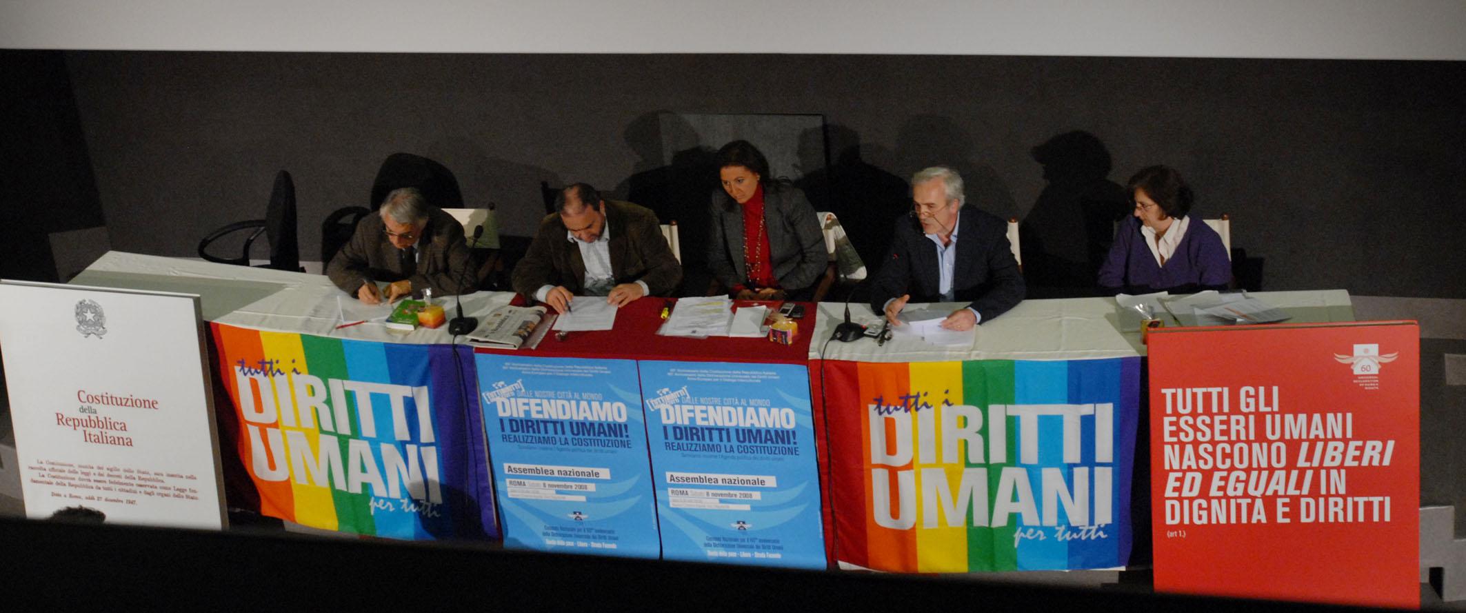 Diritti Umani ovunque, la sfida italiana della società