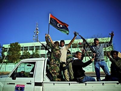Accordo su resa Bani Walid, Tripoli torna a vivere