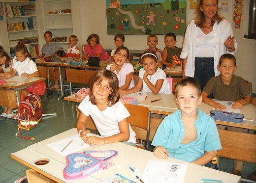 La scuola umbra educhi ai diritti umani e alla pace