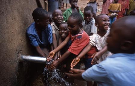 Allarme siccità. LVIA: Acqua per il Kenya