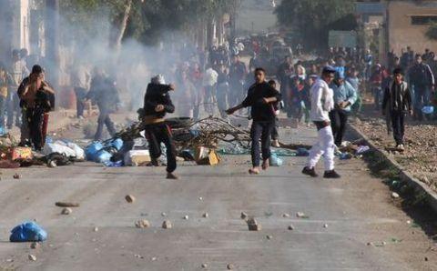 Scontri in Tunisia, si aggrava il bilancio
